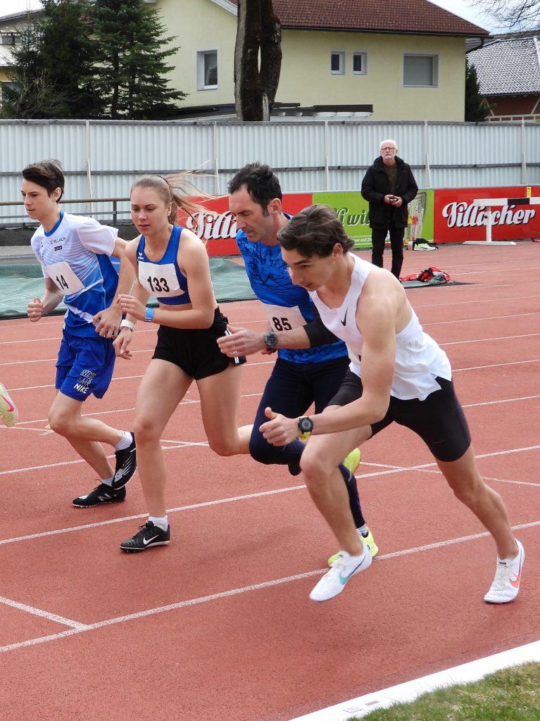 Start des 100m-Laufes